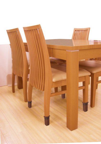 快適便利 椅子のキズ防止カバー 1脚分 ブリスターパック